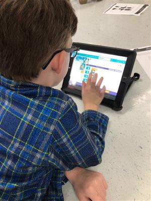 2nd Grade students learn to code!