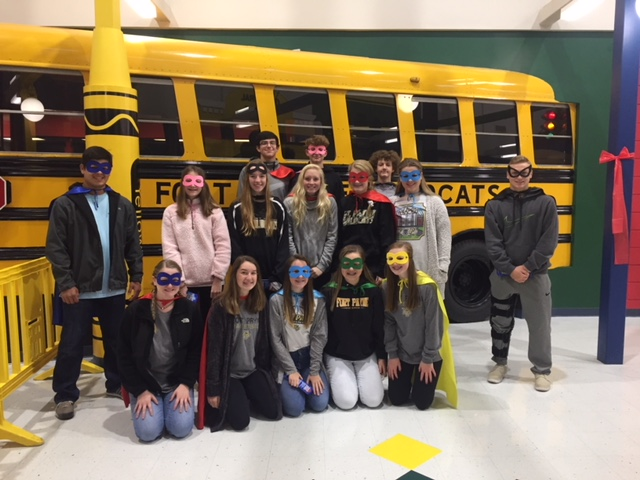 WVES Celebrate Red Ribbon Week with FPHS Students.